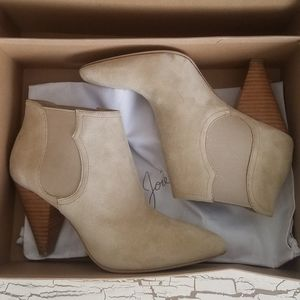 Joie 8.5 (39) Sand Color Booties Ankle Boots